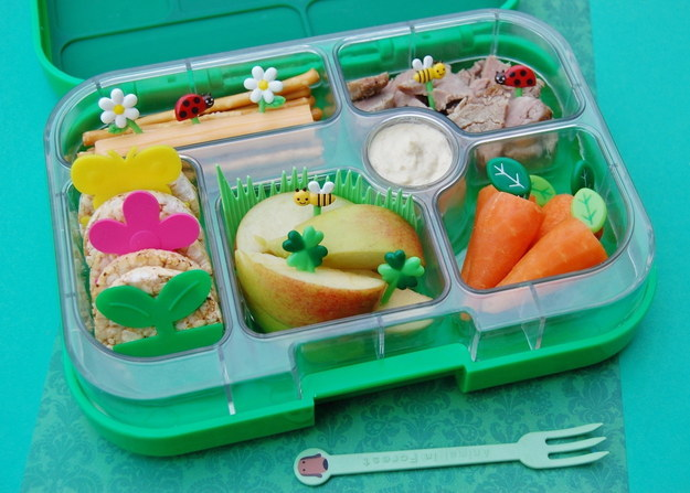 edible art these parents go the extra mile for preparing lunchbox. Black Bedroom Furniture Sets. Home Design Ideas