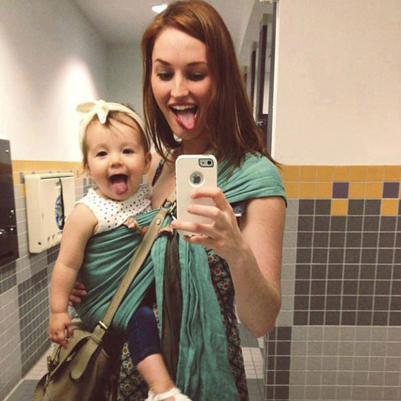 like-mother-like-daughter-funny-photography-43 (1)