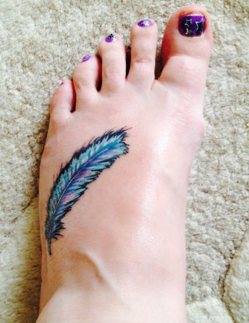 Blue-Feather-Tattoo4