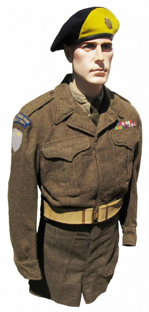 Army-uniforms 12